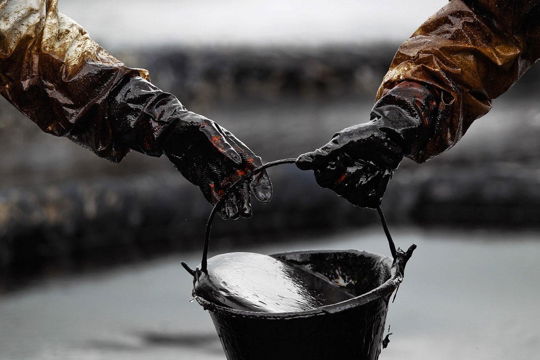 Динамика цен на нефть Brent: пора обращаться к гадалкам?